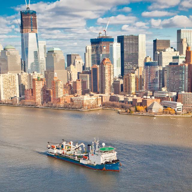 Světla jsou na Manhattanu, elektrická energie přichází z New Jersey