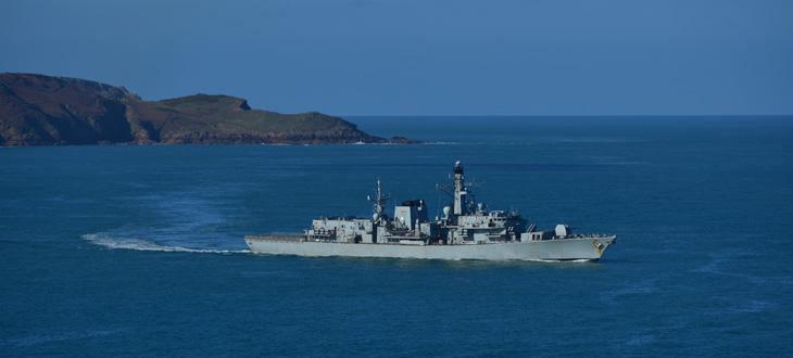 Kabely pro použití ve vojenském námořnictvu