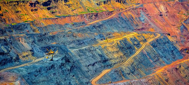 Důlní průmysl